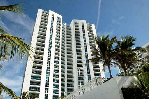 Aquazul Condo Lauderdale By The Sea Beachfront Amenities